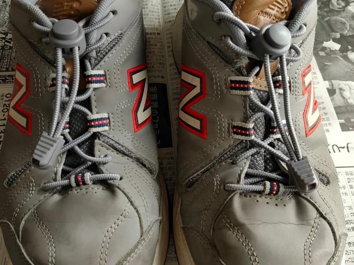 結ばない靴ひもに交換した靴