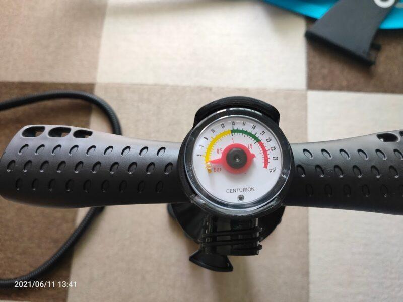 空気入れの圧力計