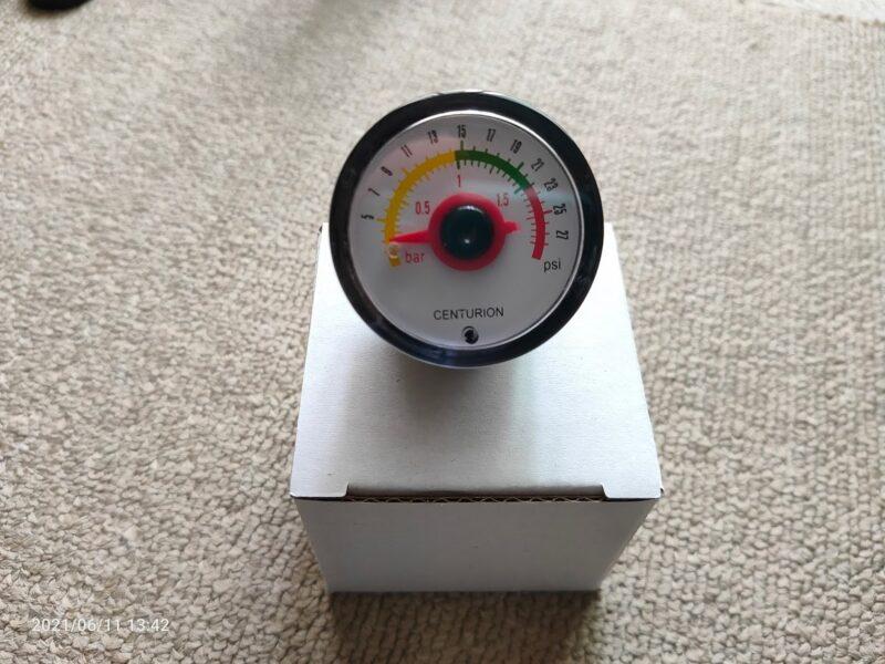 予備の圧力計